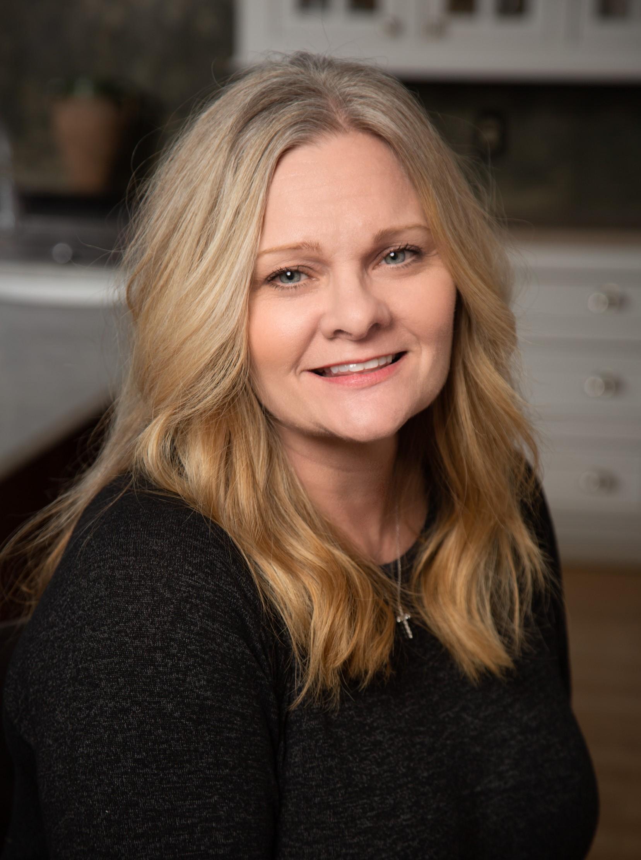 Michelle Cowart